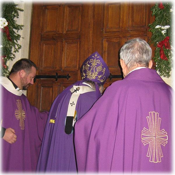 Reggio Calabria – Aperta la porta della misericordia nel santuario di Sant'Antonio di Padova