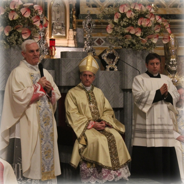 Tortona – Il giorno di Pasqua con il Vescovo Viola