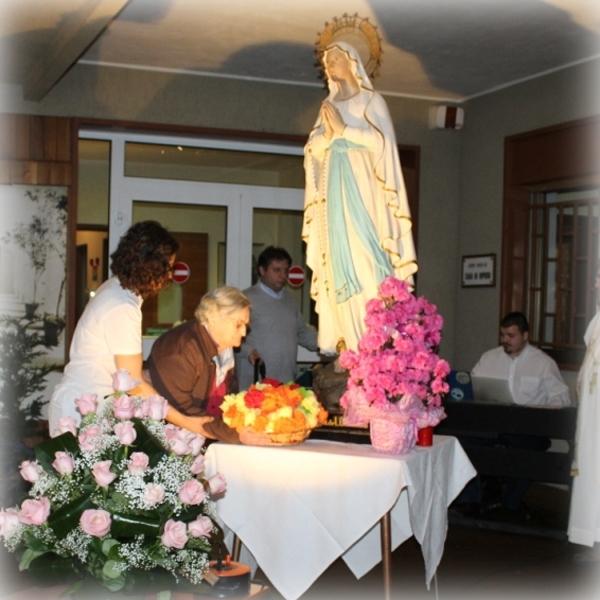 Tortona – Benedizione delle rose al Centro Mater Dei in onore di Santa Rita