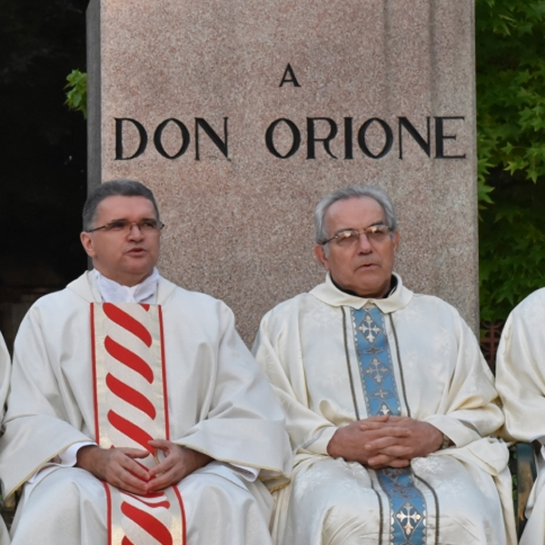 Pontecurone – Messa al monumento di Don Orione