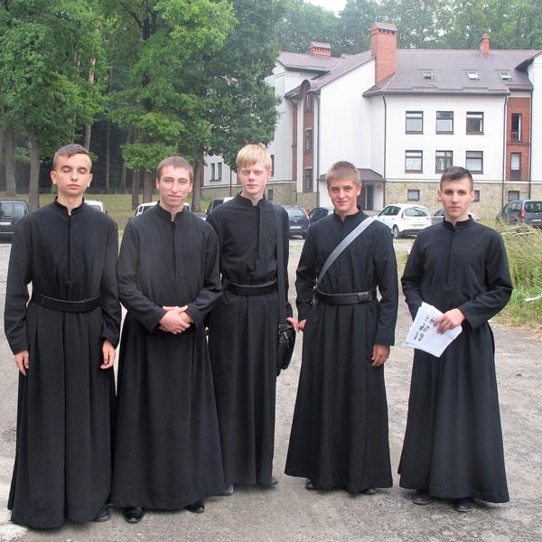 Ucraina – Grande festa a L'viv per l'ingresso in postulandato di 5 giovani