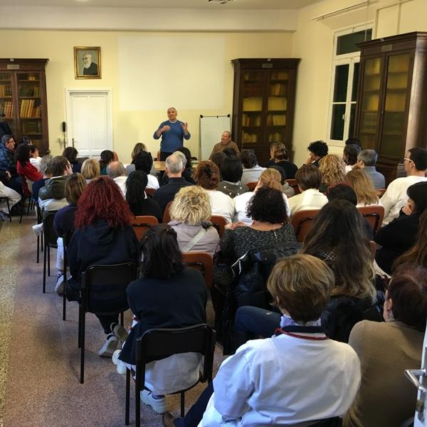 Genova – Vivere il presente con passione, formazione carismatica