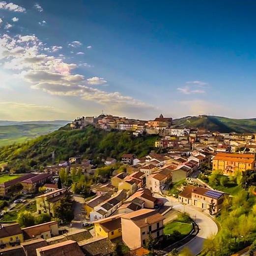 """Savignano Irpino – La nona edizione di """"Cuori senza confini"""""""