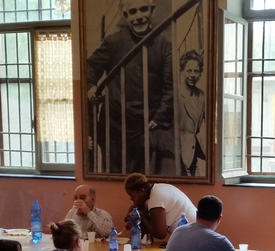 """Genova – Boschetto, la """"macedonia"""" della carità"""
