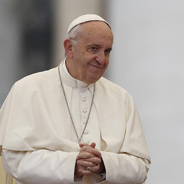 Roma – Papa Francesco al Divino Amore, la storia di M.T.