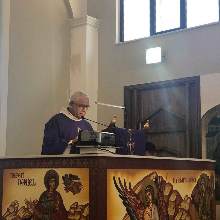 Elbasan – Il Vescovo alla parrocchia san Pio X
