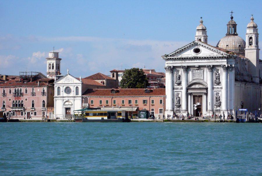 Venezia – Sotto la protezione della Madonna della Divina Provvidenza, inizia il XXV Convegno Amministrativo