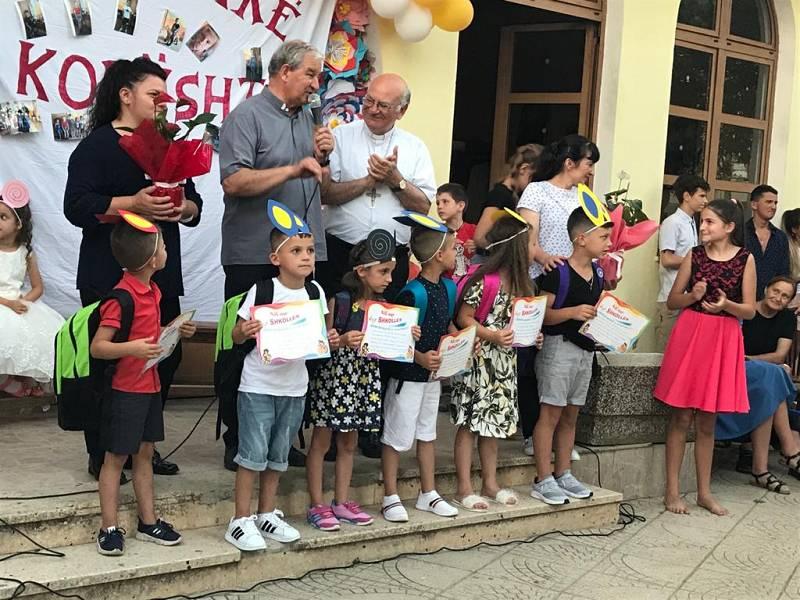 Albania – In festa per il Papa