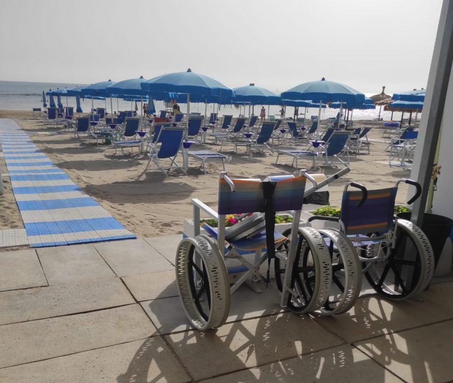 Pescara – Mare bandiera blu allo stabilimento inclusivo del Don Orione